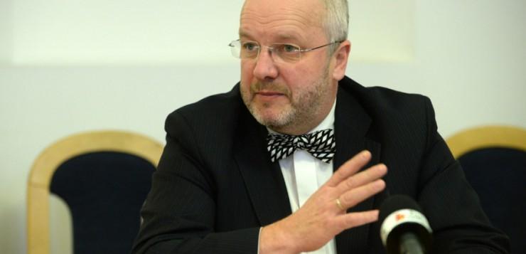 Juozas Olekas, krašto apsaugos ministras: pasvarstymai Lietuvos pirmininkavimo Europos Sąjungos Tarybai pabaigtuvių proga